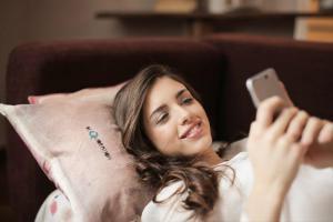 自宅にWiFiを飛ばすにはどうしたらいい?無線LANを自宅に設置する手順とおすすめの回線まとめ