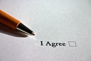 光回線を契約するためには何が必要?申し込みから開通するまでの流れと注意点