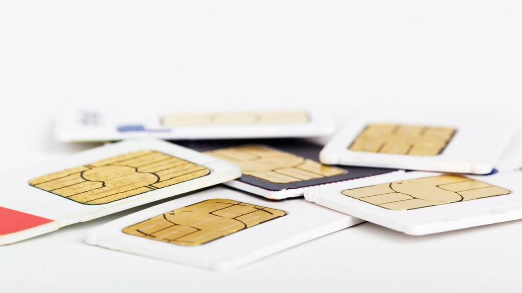 格安スマホのSIMカードは何を選べばいいの?