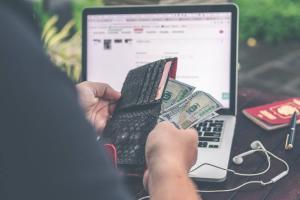 インターネット契約のキャッシュバックや特典はどういう仕組み?